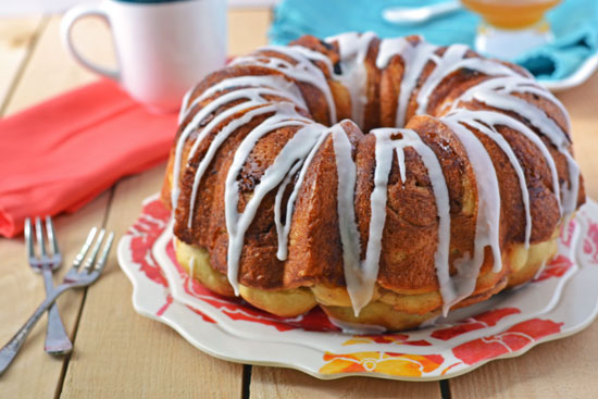 coffee cake cinnamon streusel coffee cake cinnamon swirl bundt coffee ...